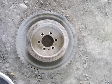 бмв 520 в Кыргызстан: BMW 520 2 л. 2004