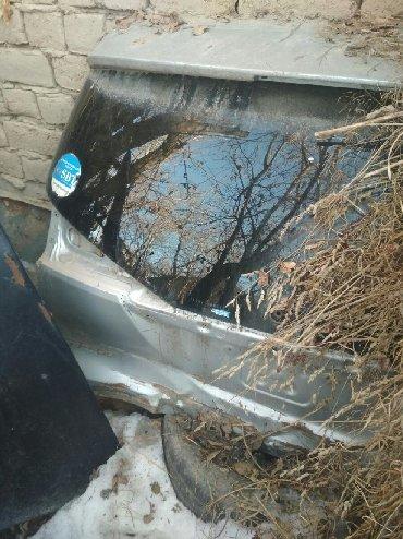 Автозапчасти в Кербен: Тоета калдина багаж битый стекло кепка отличном состоянии