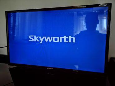 """ТВ и видео - Кыргызстан: 32"""" (80см) LED телевизор skyworth, есть мелкие царапины на экране"""