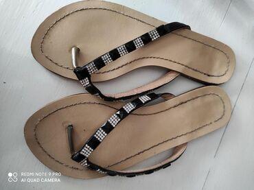 Ženska obuća | Vrsac: Papuce sa cirkonima, nosene ali veoma ocuvane