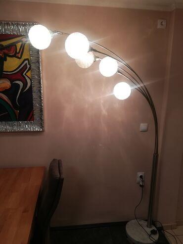Lampa sa mermernim postoljem i kristalnim sirmama 80 e inox