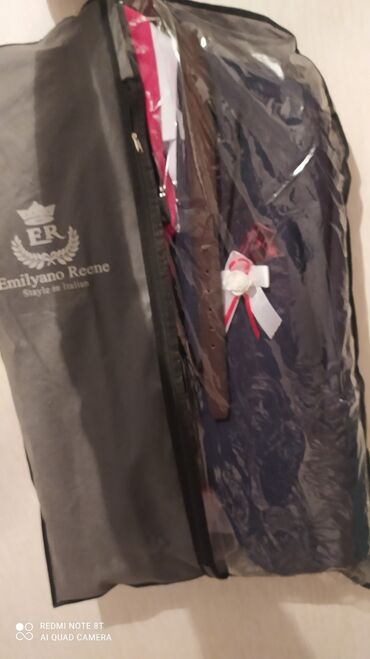скупка одежды бишкек в Кыргызстан: Продаю свадебное костюм в комплекте всё есть купил за 6000т костюм с