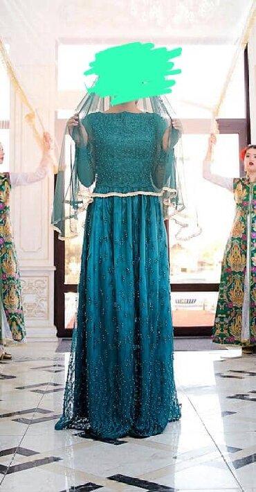 бу вечернее платье размер 46 в Кыргызстан: Шикарное вечернее платье 44-46 размер, сшито на заказ из дорогой