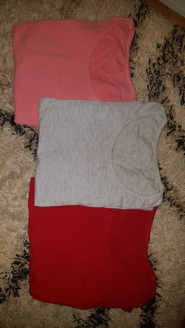 Tri pamucne majcice 600 din. nove. siva i roze 3/4 rukavi, a crvena - Loznica