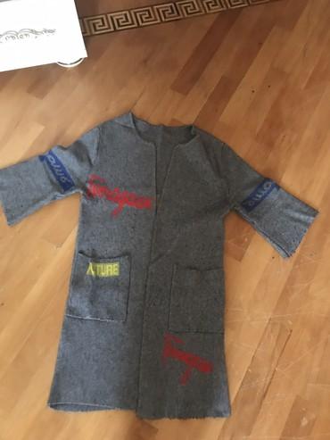 Jaket yun 46razmer saglam veziyetdedi qiymet 25azn