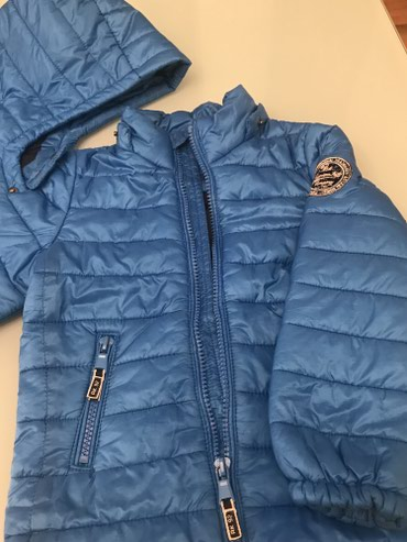 Bakı şəhərində Куртка с отстегивающим капюшоном на 2-3года раз 92-98.