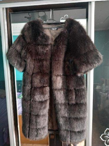 черную шубку в Кыргызстан: Продаю шубку. Рукава короткие. Мех искусственный. Новая. Не ношенная