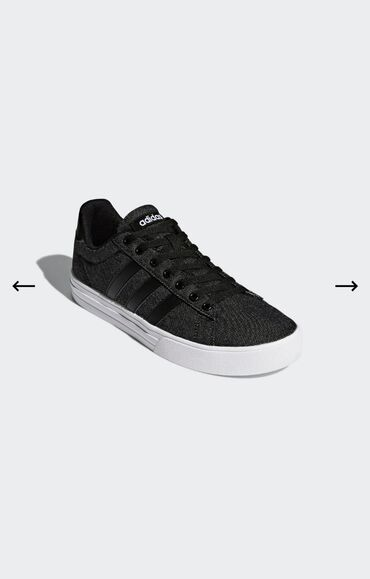 Кроссовки Adidas. Оригинал! Размер 40 и 40.5 ( US 7, 7.5)