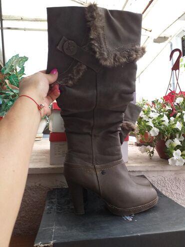 Ženska obuća | Petrovac na Mlavi: Safran cizme,2 puta obuvene,postavljene,boja zelenkasto braon,broj 38
