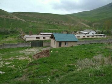продам клексан в Кыргызстан: Продаю сарай с площадью 12 на 46м, дом 56 кв.м., общая площадь 0.85