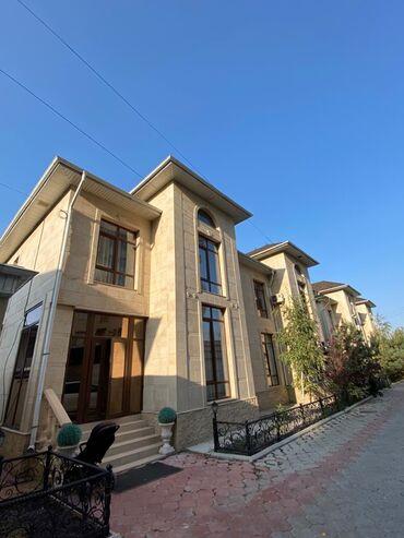 Дома - Бишкек: Продам Дом 220 кв. м, 4 комнаты