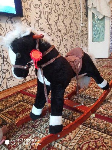 Продам детскую большую лошадку кочалку