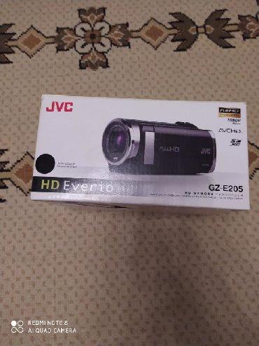 видеокамера в Азербайджан: Videokamera Jvc model. Her cur funksiyasi var. JVC Videoaparat hem