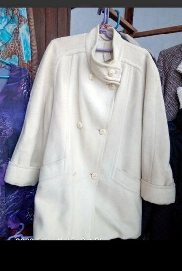 Odlican kaput kasmir, stof veoma kvalitetan, bez mane, xl velicine