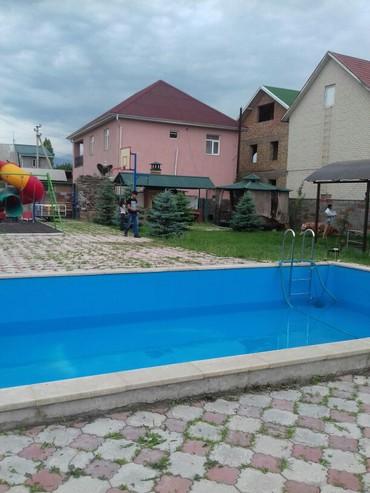 Особняк с бассейном. в Бишкек