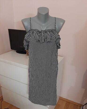 99 oglasa: H&M karirana haljinaNije strukirana siri modelNaznacena vel je 44