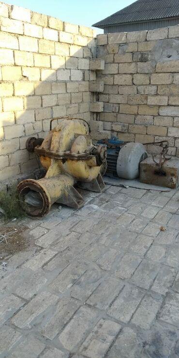 alfa romeo 75 2 mt - Azərbaycan: SU MATORU .75 lik matordu.hec bir problemi yoxdur.tecili satılıt