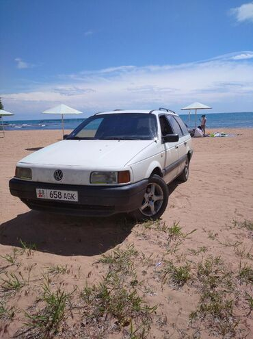 passat b в Кыргызстан: Volkswagen Passat 1.8 л. 1990