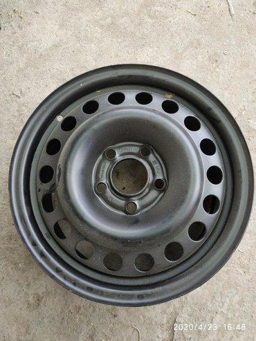 диски мерседес r15 в Кыргызстан: Диск железный r15Стоял на 124 мерсе, судя по маркировке, то с
