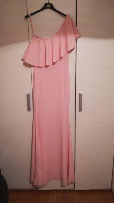 Prelepa roze haljina - Batajnica
