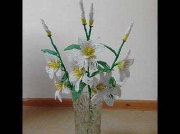 Букет лилии из бисера в Бишкек