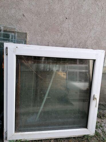 Kuća i bašta - Kovacica: PVC prozor u dobrom stanju u kompletu sa okvirom. Dimenzije 120x120