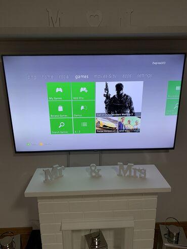 335 oglasa   VIDEO IGRE I KONZOLE: Xbox 360 E 500GB. Nije chipovana, moze online da igrajte. Sa dosta igr