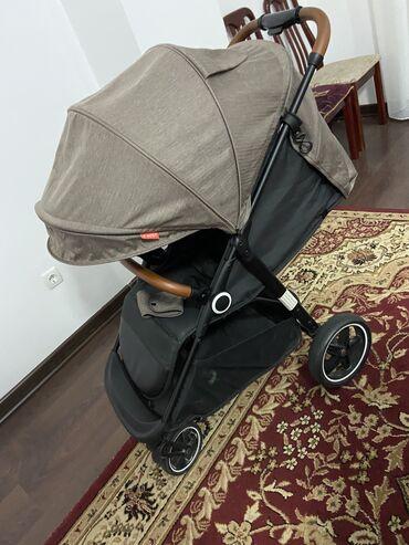 Детский мир - Кыргызстан: Продаю б/у прогулочную коляску. Bbest. Очень удобная, с большими колес