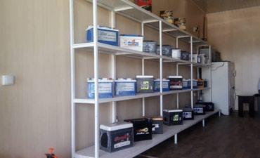Продажа магазинов в Кыргызстан: Срочно! Продаю контейнер в ДОРДОЙ МОТОРС. Центральный проход, место