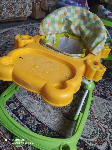 Детский мир - Пригородное: Продаю ходунки