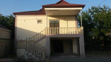 İmişli şəhərində Imişlidə mərkəzində 4 sotun icində iki mərtəbəli villa.