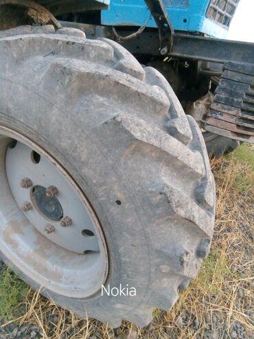 belarus 82 - Azərbaycan: Belarus 82 qabaq tekerleri kamirle birge saz vezyetdedi disqisiz