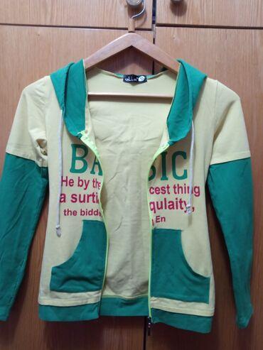 детские вещи б у в Кыргызстан: Б/ У подростковая кофточка на девочку.12лет. За 50сом