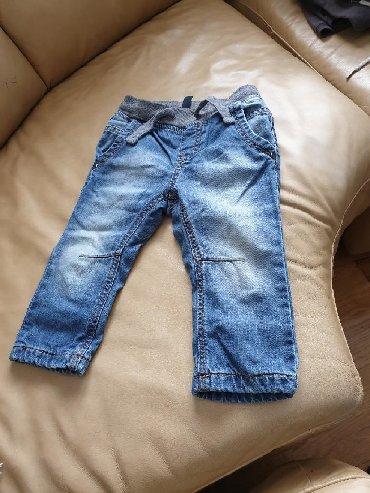 Zenske beneton farmerke - Srbija: Beneton pantalone.postavljene unutra.82vel
