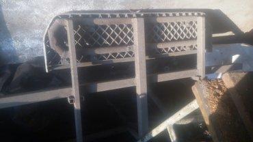 Продаю подношка на спринтер боковых дверь  в Кара-Балта
