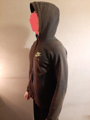 Deciji Nike duks sa kapuljacom. Velicina deciji XL, muski