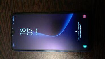 Samsung-s-5 - Azərbaycan: Geseng isleyir,arxsinda cuzi ciziglar var, qizil zemaneti var kontak