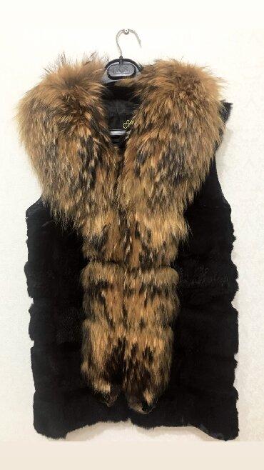 меховые пинетки в Кыргызстан: Меховая жилетка натуралка размер 42-44