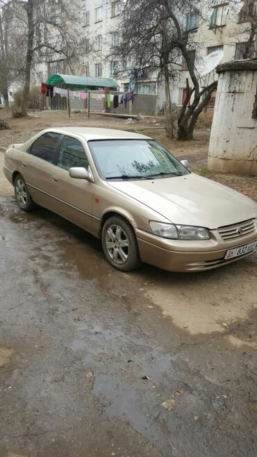 Toyota Camry 3 л. 1998