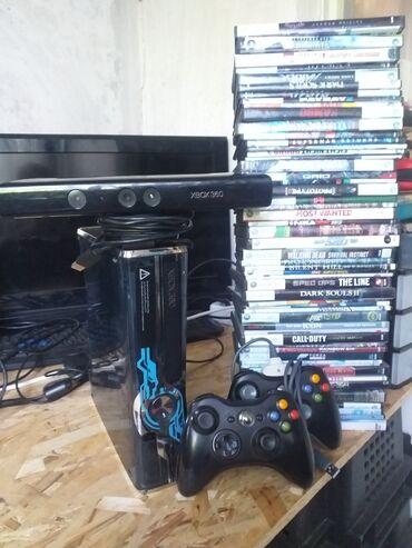 Видеоигры и приставки - Кыргызстан: Xbox 360 halo edition прозрачный синий, покупая такой xbox точно не