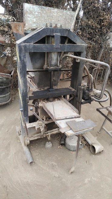 Оборудование для бизнеса в Тамчы: Продам кирпичный станок полуавтомат 3 фаза