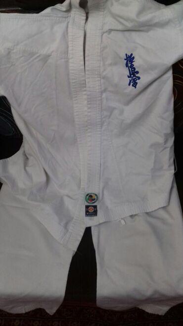 karate uecuen kimono - Azərbaycan: Karate kimanosu 160 uzunluğ təcili satılır alıcılara endirim olunacaq
