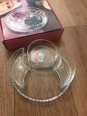 Сервиз новый Иранского производства, плотное толстое стекло, вазочки и
