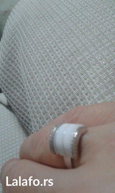 Prsten ne nošen srebrni sa keramičkom pločom veličina 12 - Krusevac