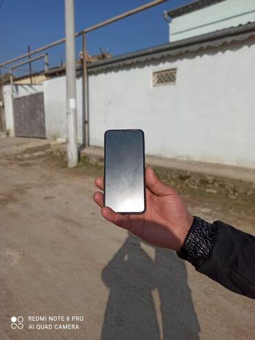 Samsung - Qobu: A-40 tel satilir cox az işlenib hec bir prablemi yoxdu tezedi qiymeti