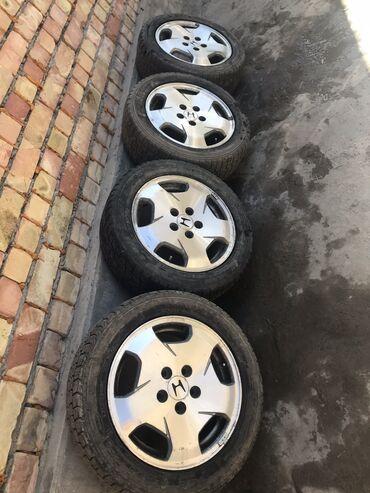 Bentley continental gt 4 at - Кыргызстан: Продаю зимние шины в отличном состоянии Комплект с дисками 4 пары 205