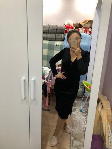 платье бархатное в Кыргызстан: Продается платье чёрное бархатное подойдёт на все случай жизни одета