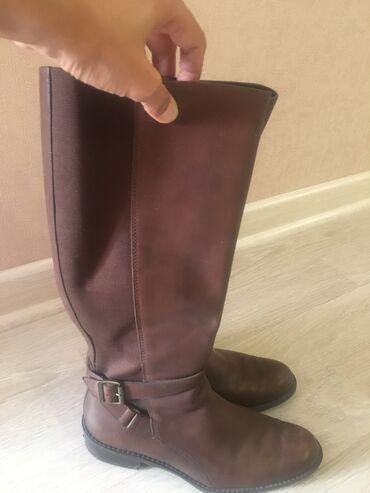 36 размер в Кыргызстан: Продаю женские демисезонные сапоги, кожа натуралка, цвет коричневый. б