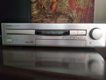 Продаю cd-ресивер с тюнером Onkyo cr-70. Cd-привод не работает