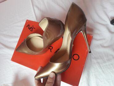 Prelepe kozne cipele visoke stikle. broj 39. jednom obuvane. ne